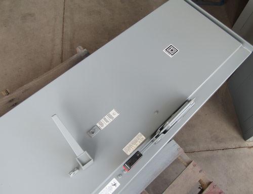 Square D 8538SGA45V80CF4P1T Size 5 AC Combo Starter 3PH 400A N12/3R - Used