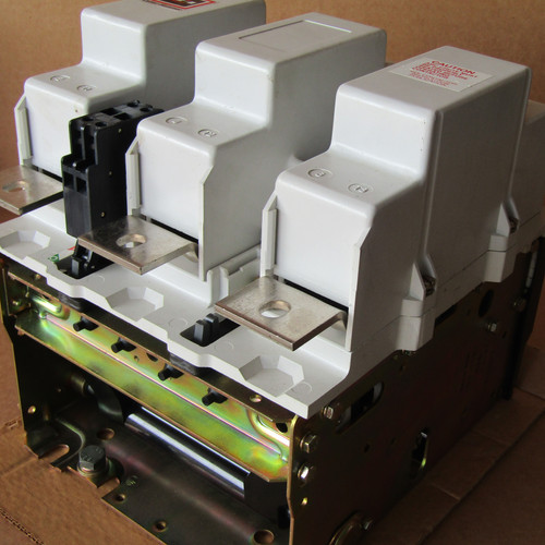 Cutler Hammer C10JN3A Size 6 Magnetic Contactor 540A 120V Coil 3PH - Used