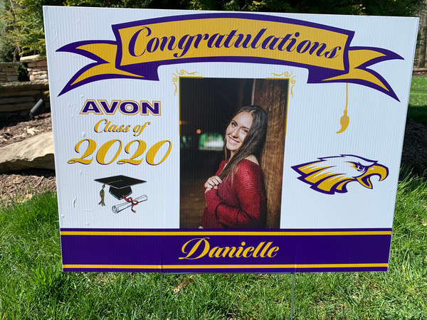 2020 Avon Photo Grad Yard Sign