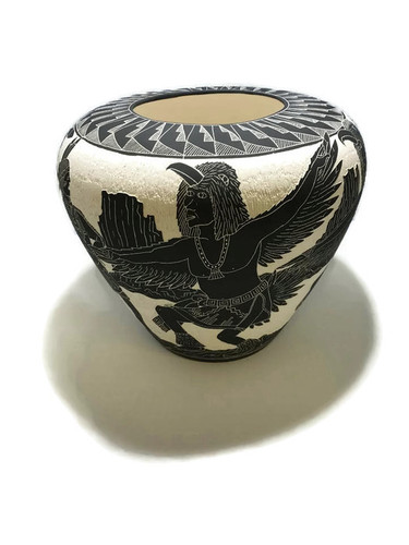 Jack Poncho pottery artisan from the Acoma Pueblo Tribe.
