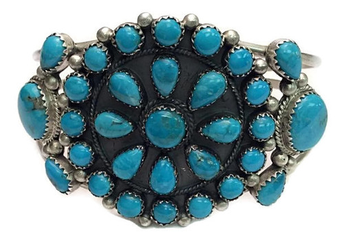 Turquoise (Blue) Cluster Cuff Navajo Artist: Janet Johnson
