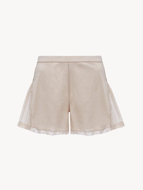 Shorts in Hellbeige aus Baumwolle und Chiffon