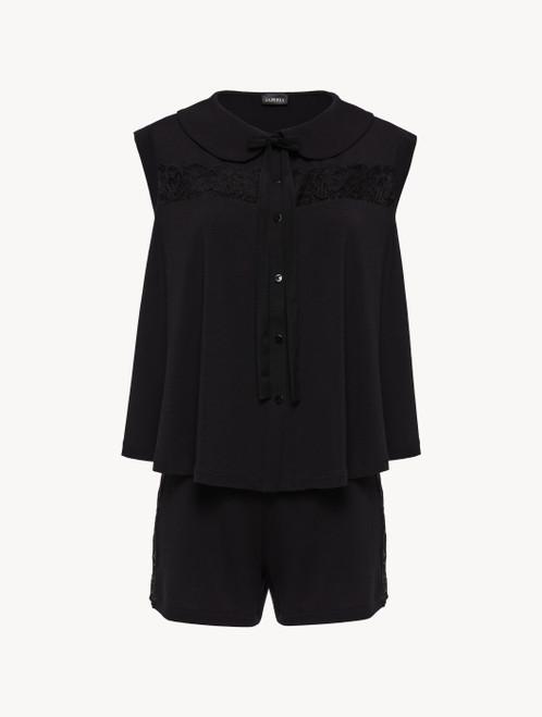 Kurzer Pyjama in Schwarz aus Modal mit Stretch und Leavers-Spitze
