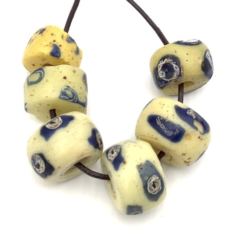 Collectible European Venetian wound antique african trade beads [9565]