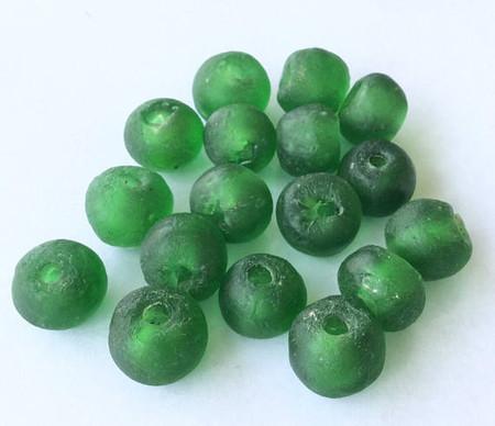 17 African Ghana Krobo recycled Emerald Green Glass trade Beads