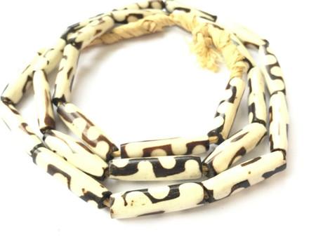 Beautiful Black and White Kenyan batik Bone African trade Beads