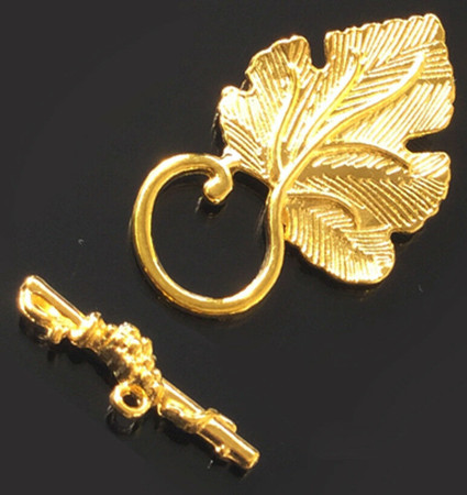 1 set 35x22mm Textured Leaf and Vine Gold Plated Jewelry Toggle Clasps
