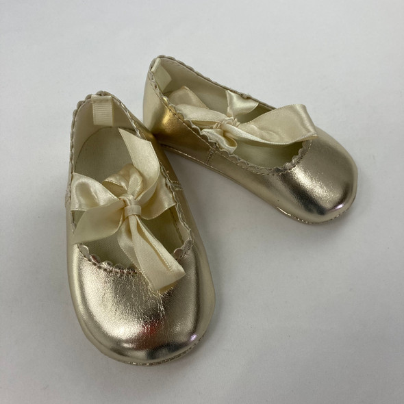 Gold Scallop Flats 9-12 mth