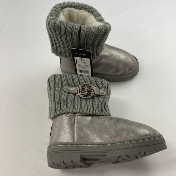 Pewter Boots 9