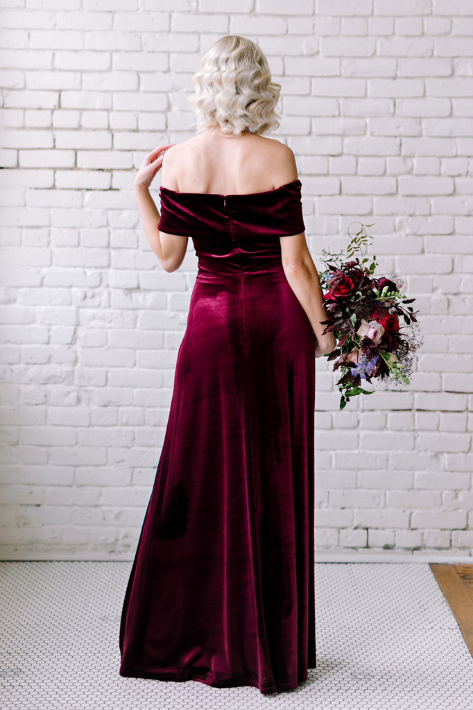 Court Velvet Dress - Burgundy