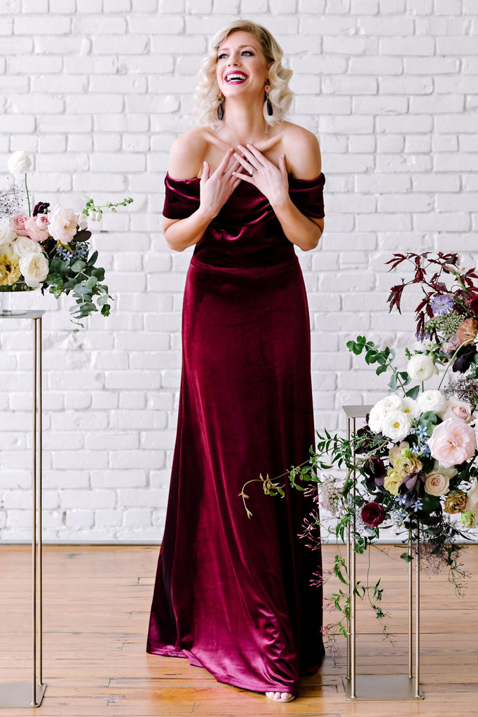 Sample Court Velvet Dress - Burgundy