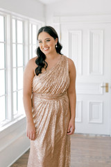 Model: Claudia, Size: 16, Color: Rose Gold