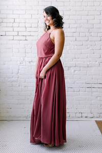Model: Claudia, Size: 14, Color: Rosewood