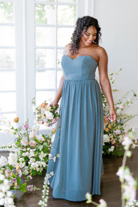 Model: Charisse, Size: 16, Color: Eucalyptus
