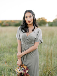 Model: Kimberly, Size: 4, Color: Sage