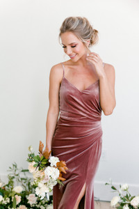 Model Britt, Size 4, Color: Dusty Rose