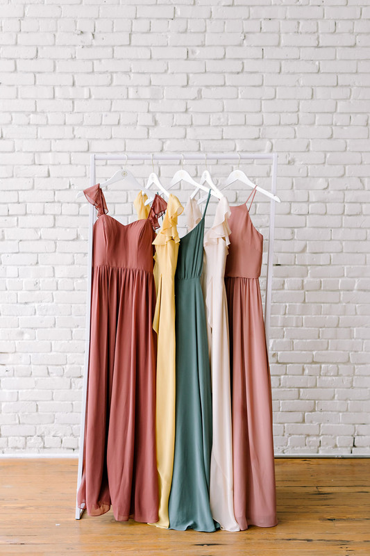 Color Blocking: The New Mismatched Bridesmaid Trend