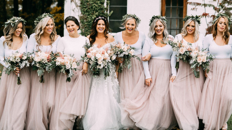 Boho Bride Meets Blushing Bridesbabes In This Whimsical Tulle-Infused Wedding