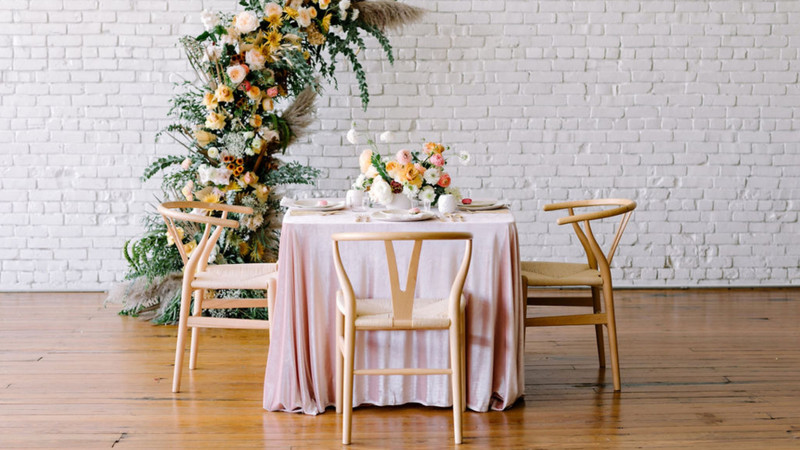 The Secret To A Perfect Tablescape