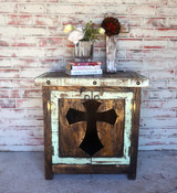 Cristiano Cross Side Table in Mint