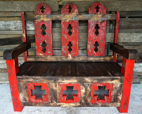 Tres Cruses Bench in Red