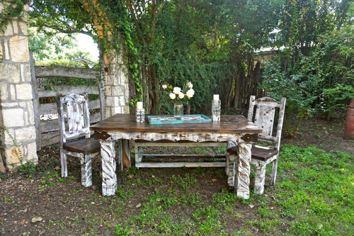 Hidalgo Dining Table