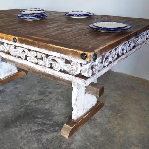 Conchita Farmhouse Table & 6 Chairs