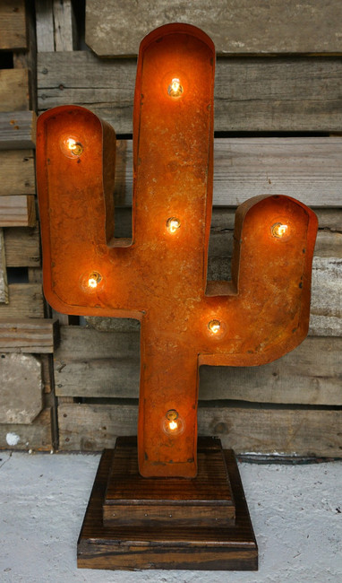 Cactus Marquee Light in Rust