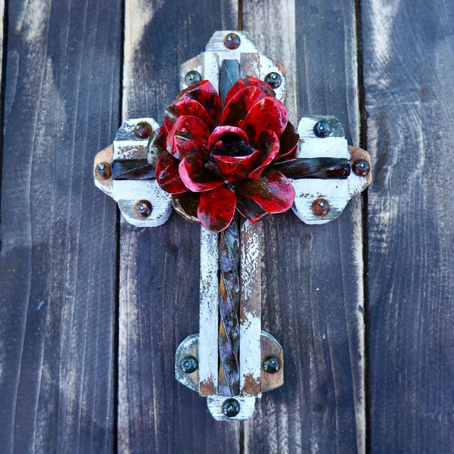 Acero Cross