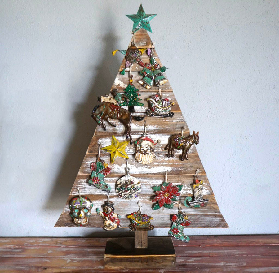 Rustic Wood Christmas tree with ornaments