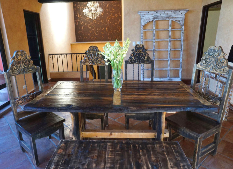 Eleonora Dining Table and Chairs