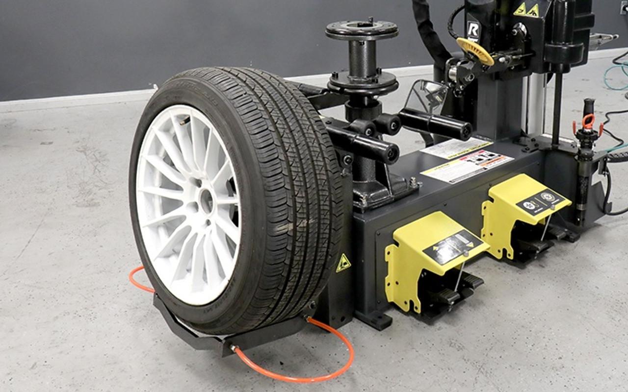 RANGER RV1 (5140138) RV1 Wheel Guardian™ Touchless Tire Changer