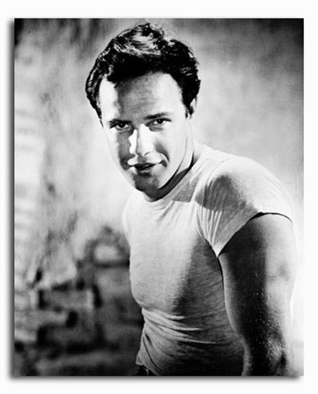 SS2197676) Filmbild von Marlon Brando Kaufen Sie Promi-Fotos und Poster bei  Starstills.com