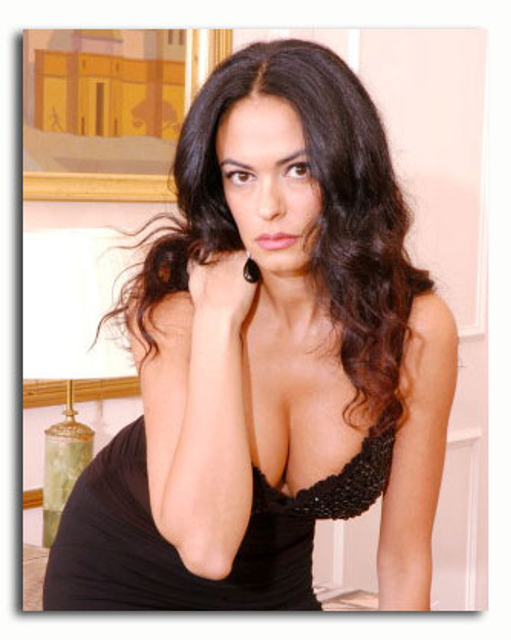 ss3534752_-_photograph_of_maria_grazia_cucinotta_available_in_4_sizes_framed_or_unframed_buy_now_at_starstills__66453__83047.1394503728.jpg?c=2