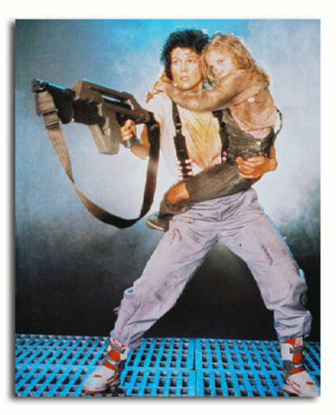 (SS32071) Sigourney Weaver  Aliens Movie Photo