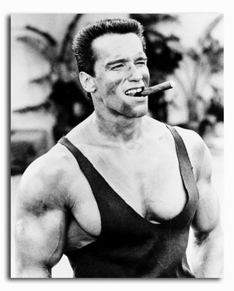 (SS162214) Arnold Schwarzenegger  Commando Movie Photo