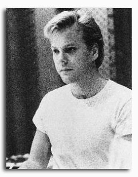 (SS221975) Kiefer Sutherland Movie Photo