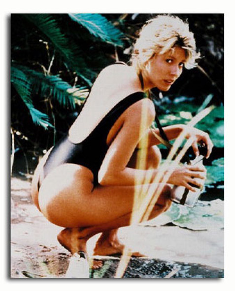 (SS273910) Linda Kozlowski  Crocodile Dundee Movie Photo