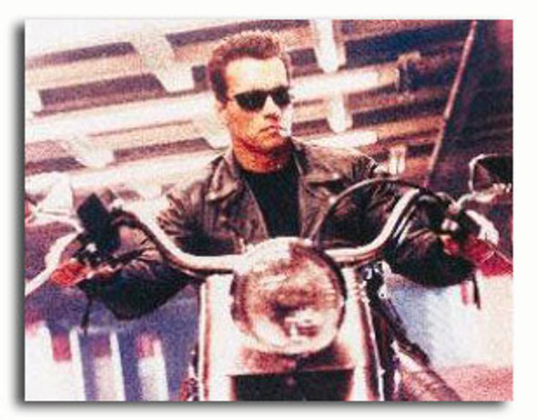 (SS378040) Arnold Schwarzenegger  Terminator 2: Judgment Day Movie Photo