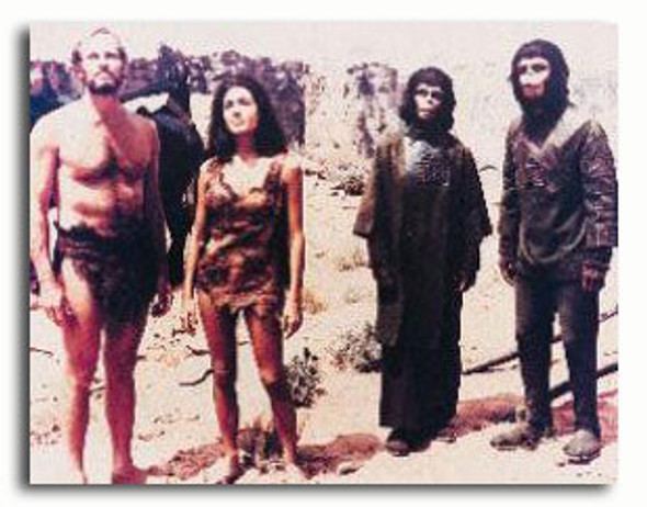 (SS383201) Cast   Planet of the Apes Television Photo