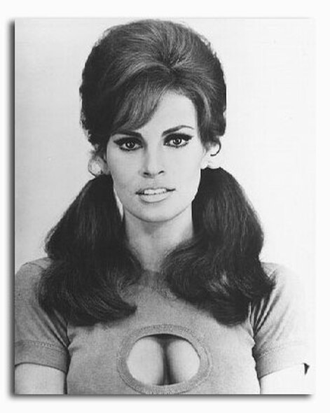 (SS2112916) Raquel Welch  Fathom Movie Photo