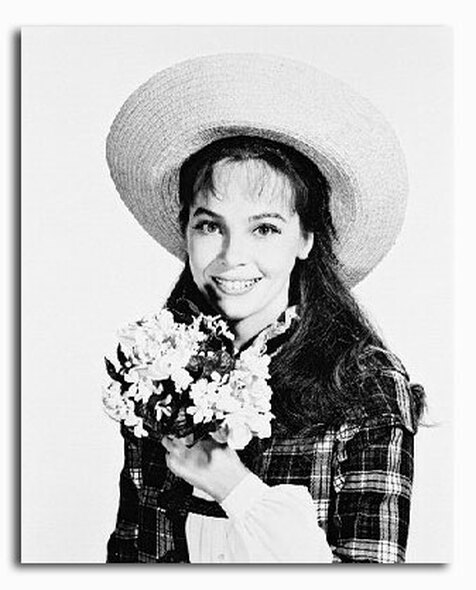 (SS2129088) Leslie Caron Movie Photo