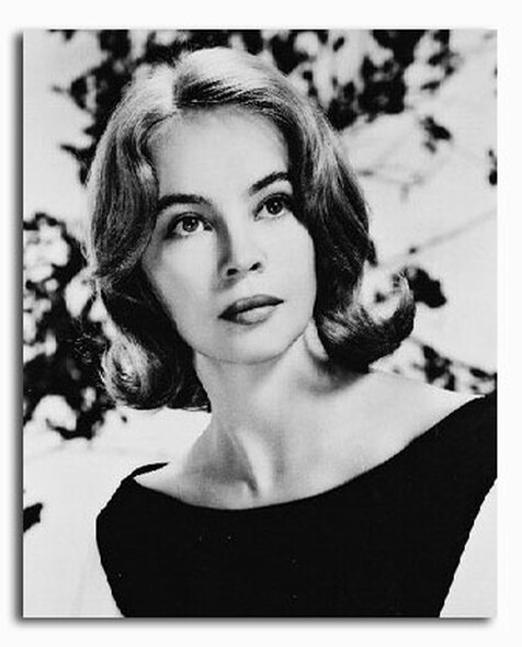 (SS2172066) Leslie Caron Movie Photo