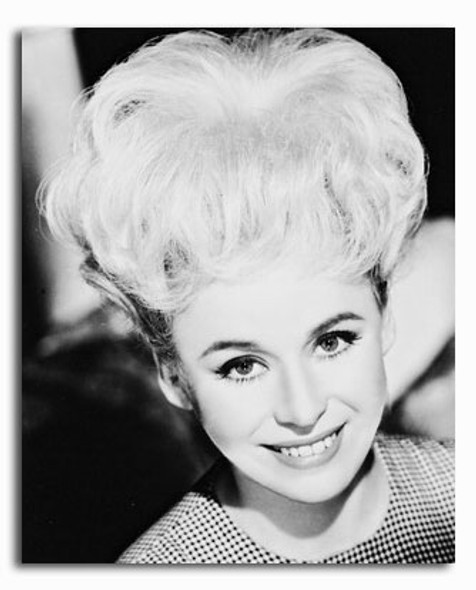 (SS2183194) Barbara Windsor Movie Photo