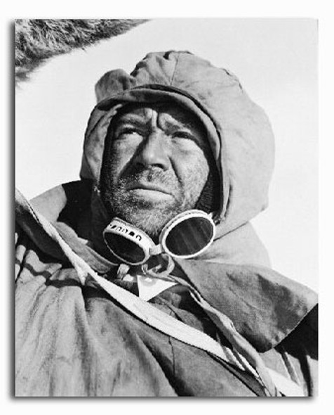 (SS2196753) John Mills  Scott of the Antarctic Movie Photo