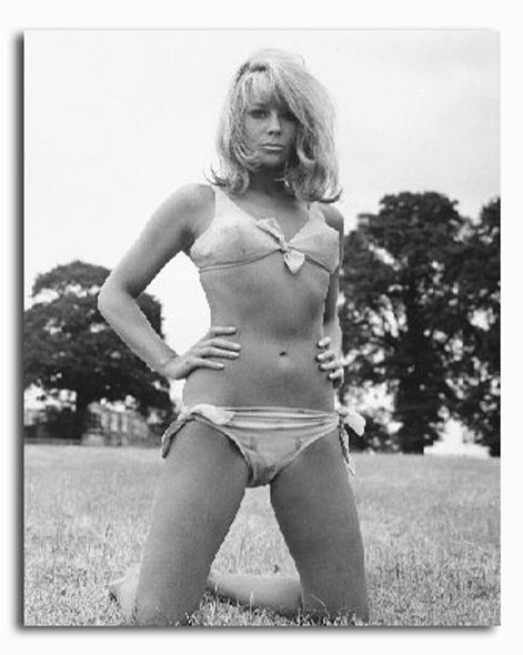 (SS2203162) Suzy Kendall Movie Photo