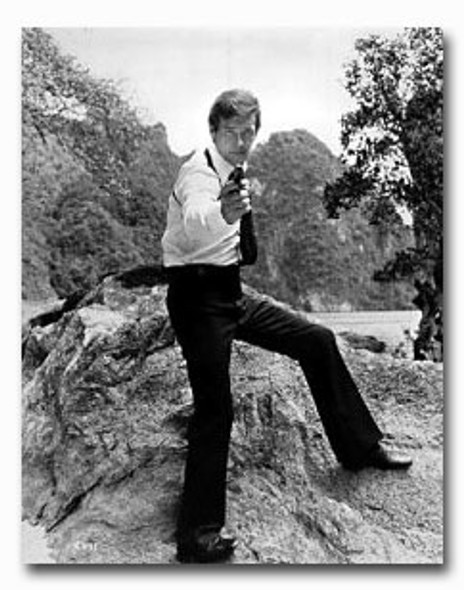 (SS2203461) Roger Moore Movie Photo