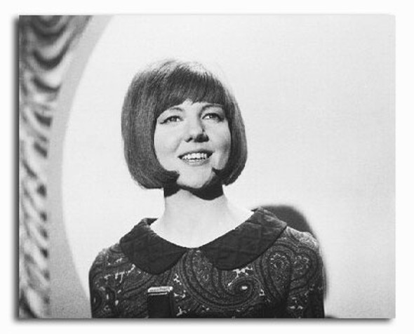 (SS2205775) Cilla Black Music Photo