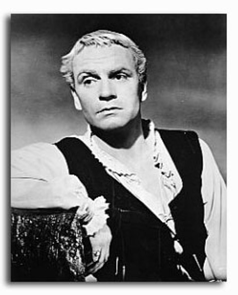 (SS2223598) Laurence Olivier  Hamlet Movie Photo