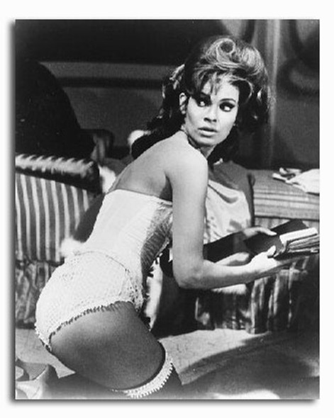 (SS2226653) Raquel Welch  Fathom Movie Photo